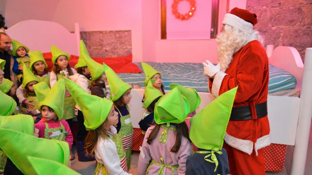 SANTA CLAUS AT ASTORIA PARK HOTEL